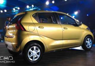 Dimensions The redi-Go and the Kwid share the same underpinnings. However, the Datsun has a slightly larger wheelbase and a taller height. We think this will go a long way in liberating space for the occupants.