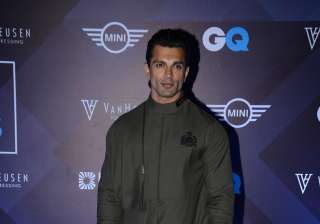 Actor Karan Singh Grover looked dapper in a Shantanu & Nikhil outfit at the Van Heusen and GQ Fashion Nights 2016.