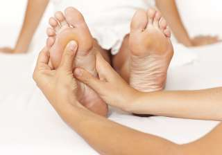 Oil massage Oils are the best natural moisturisers, not only for your dry feet but also for your skin anywhere. You can either use any hydrogenated oil alone or mix them to get added benefits of their different components. (With IANS Inputs)