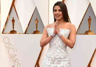 Priyanka Chopra, attended the 89th Annual Academy Awards, which started at Dolby Theatre in Los Angeles for the second time in a row. Last year, the desi girl, Priyanka was seen sporting Zuhair Murad creation at the Oscars.