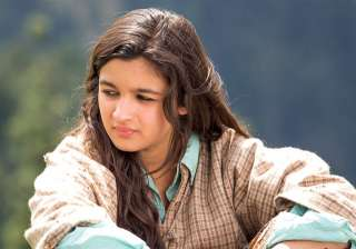 Highway: Alia Bhatt collaborated with filmmaker Imtiaz Ali for the first time in the film 'Highway'. The film not only changed Alia's image in Bollywood but also helped her to prove her niche in the industry. She played the character of 'Veera', who discovers herself after being abducted by a common goon. Her performance received much appreciation of the audience and critics.