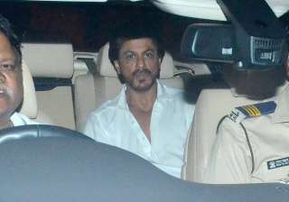 Actor Shah Rukh Khan attended the funeral of Aishwarya's father. Notably, Aishwarya's father was hospitalised a few weeks ago and was later shifted to the ICU. Krishnaraj Rai passed away at the Lilavati Hospital in suburban Bandra.