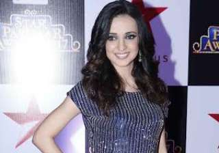 Sanaya Irani was looking drop dead beauty in blue outfit. She was all smiles as she posed for the camera. The actress is currently a participanting in celebrity dance reality show Nach Baliye with her husband Mohit Sehgal.
