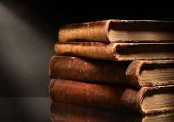 Scientists develop new technology that can read closed books