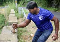Kerala man world record, coconut smashing record