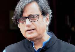 Shashi Tharoor showed mirror to Britain