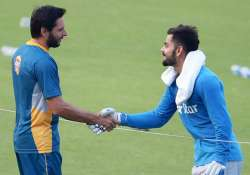 Indian, Pakistani cricketers enjoy good relations, says