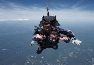 grandmother, 87 skydiving- India Tv