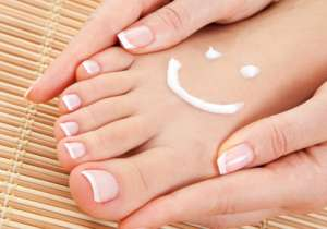 Make your feet happy this season with these 5 easy tips- India Tv