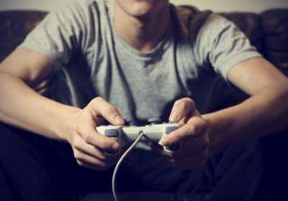 Playing video games may help to fight depression...