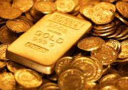 gold snaps 5 day losing streak gains rs 300 on global cues