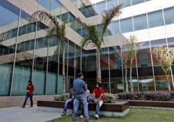 tech mahindra to expand its base in us