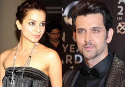 kangana keeps distance from rumoured flame hrithik roshan