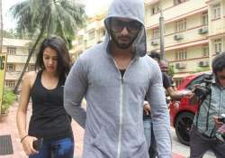 shahid mira hit the gym paparazzi gets hold of the couple