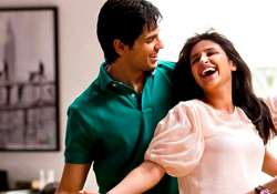 parineeti siddharth starrer hasee toh phasee song shake