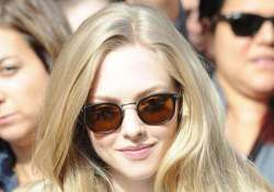 seyfried desperate for les miserables role