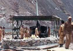pak army quietly names 453 soldiers killed in kargil as