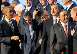 obama snubs pakistan head over supply routes