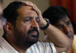 cwg scam ed slaps forex charges against kalmadi 6 others