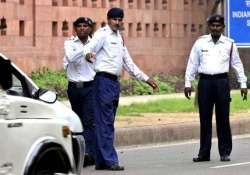 delhi traffic police requests for cancellation of 16 000