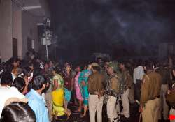 two arrested for delhi fire compensation announced