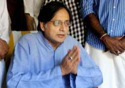 no plan to question tharoor any time soon delhi police