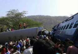 18 killed as passenger train derails on konkan route