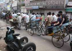 rickshaw puller gets 3 years for chewing off man s ear