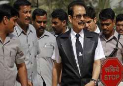sahara case hearing deferred in sc roy to remain in jail- India Tv