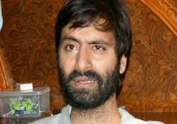 yasin malik and family allegedly thrown out of delhi hotel