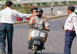 aap government to seek control over traffic police