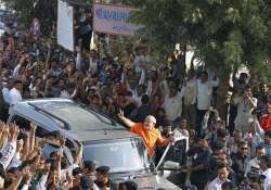 bjp congress gearing up for gujarat by polls campaign