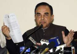 swamy welcomes hazare ending fast