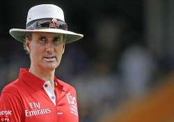 billy bowden returns to elite panel of icc umpires