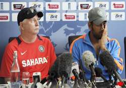 dhoni determined to keep top spot in test rankings