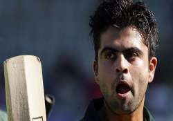 cl t20 ahmed shehzad ducks media queries on lahore lions