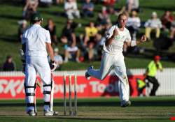 nz trails by 3 runs at stumps on day 2 2nd test