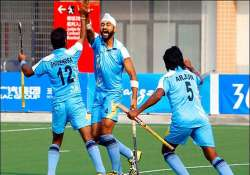 six more indian hockey players break ties with wsh