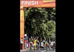 cyclists unnerved by delhi s empty streets