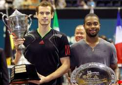 murray beats young in thailand open final