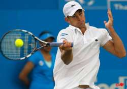 roddick earns 600th career win at eastbourne