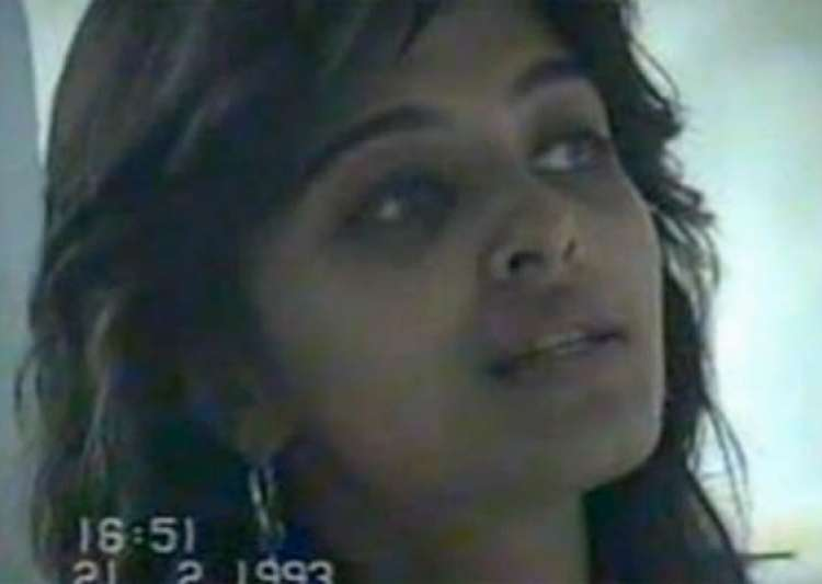 aishwarya looked like this in 1993 youtube video released- India Tv
