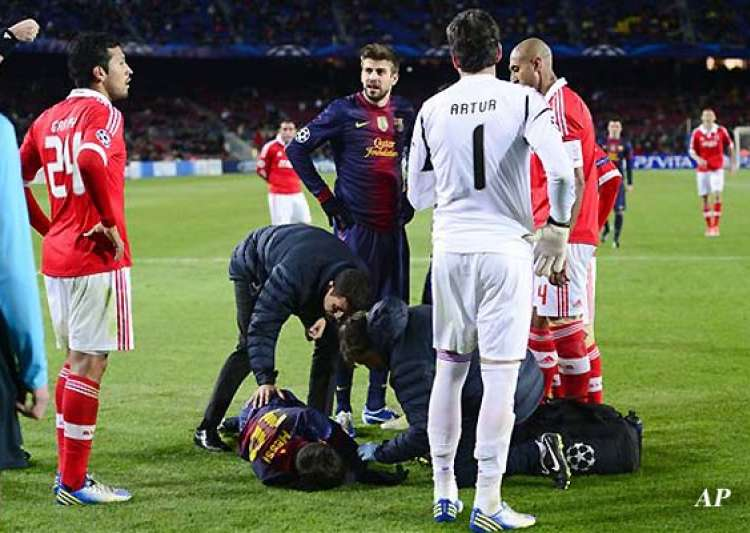 lionel messi s knee injury very serious- India Tv