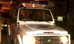 Delhi: Woman throws her 25-day-old daughter in garbage, dies
