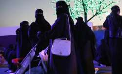 Saudi women allowed to launch businesses without male