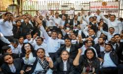 Lawyers continue to boycott work in Delhi district courts