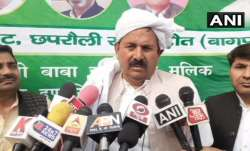 Naresh Tikait has said love marriage is unacceptable. Tikait is prominent Baliyan Khap leader.