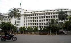 Woman jumps off 3rd floor Maharashtra secretariat, saved by net