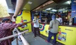 Ensure mandatory use of Aarogya Setu app by workers: Delhi govt to wholesale liquor vends