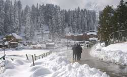 Leh freezes at minus 12.9, mercury dips across Jammu & Kashmir
